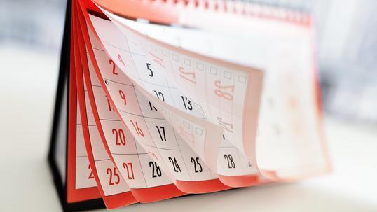 Kalendarze biurowe z logo