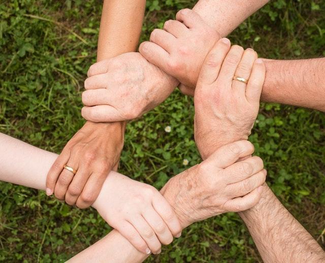 Dlaczego warto zdecydować się na wolontariat? Nasze porady